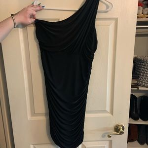 Black one shoulder fitted with stretch, large